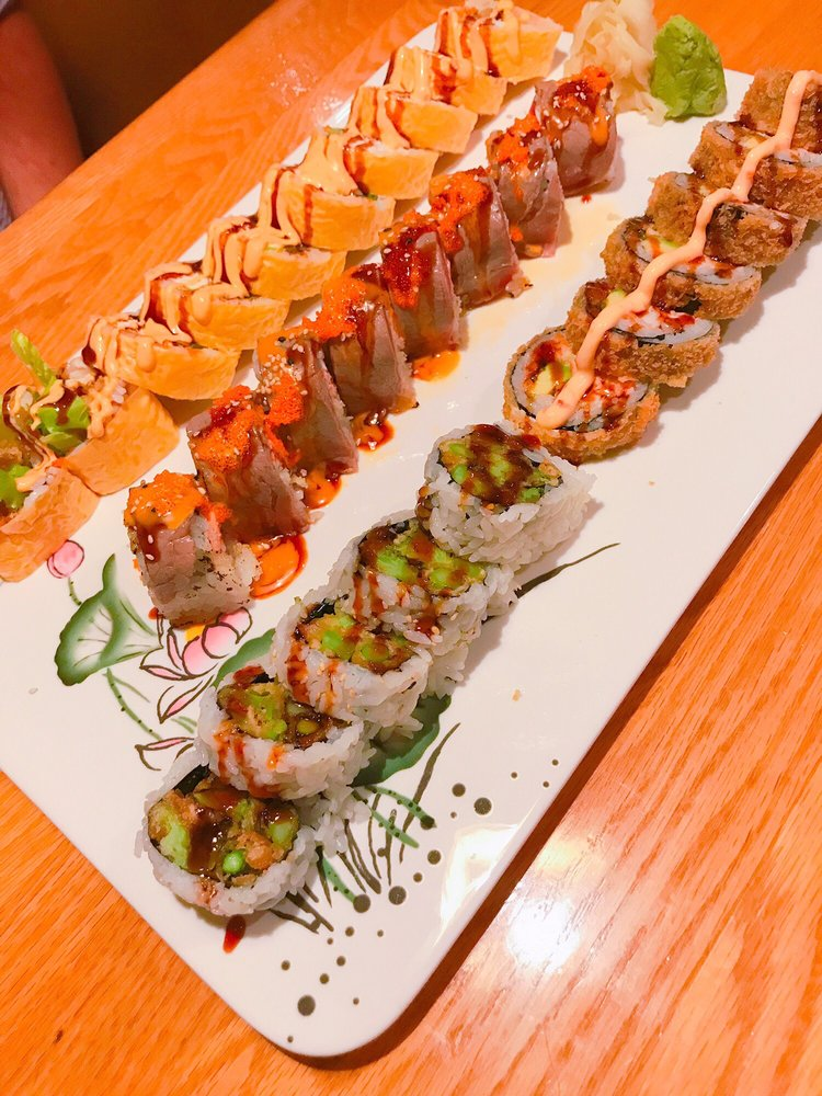 EDO Japanese Restaurant: 5834 Ridgewood Rd, Jackson, MS