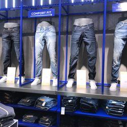 pretty nice ceb34 88bb9 JACK & JONES Jeans Studio - 12 Photos - Men's Clothing ...