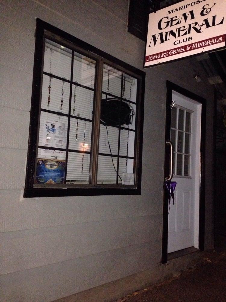 Mariposa Gem & Mineral Club: 4994 A 7th St, Mariposa, CA