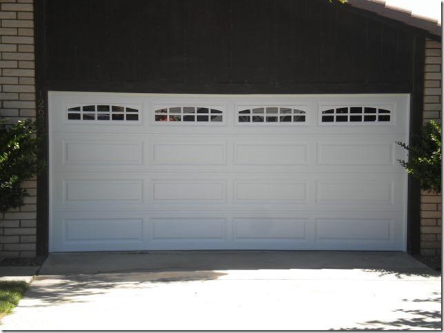 cascade garage doorWhite Long panel with Cascade LP window pattern  Yelp