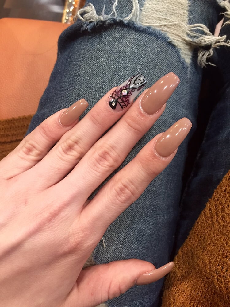 Nude Coffin nails, with Henna inspired design, love! - Yelp