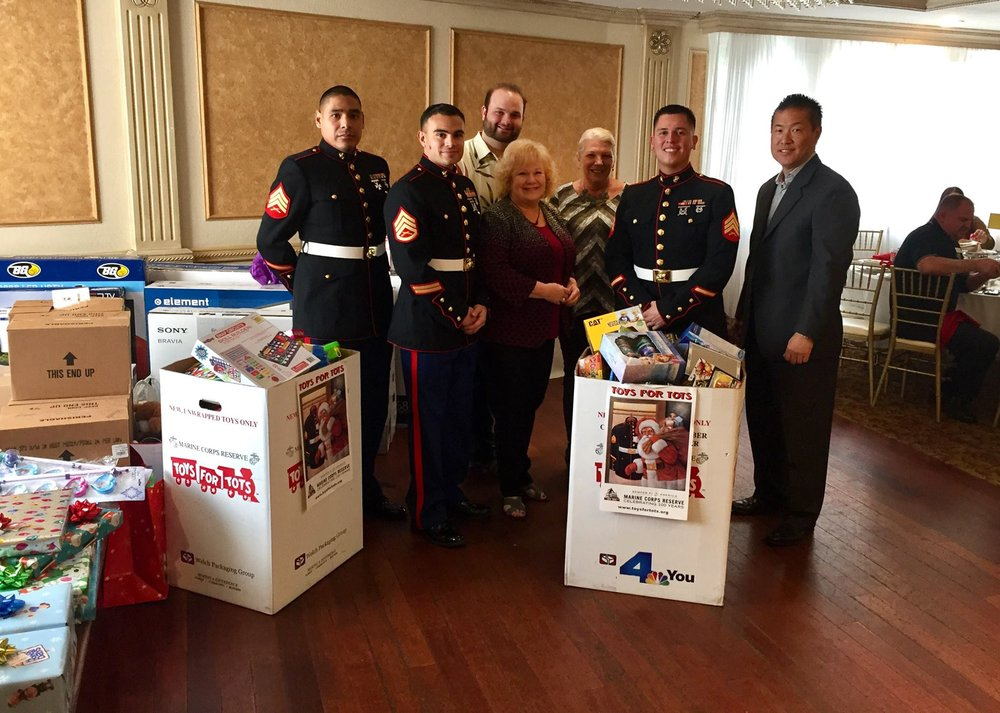 Toys for tots donation pick up yelp for Diamond honda of glendale