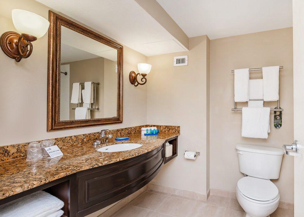 Holiday Inn Express & Suites Miami-Kendall: 13475 SW 131st St, Miami, FL
