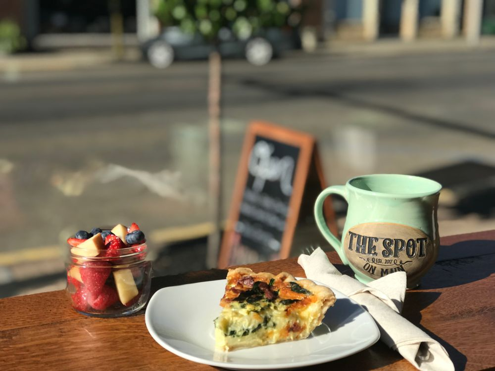 The Spot on Main: 298 E Main St, Jackson, OH