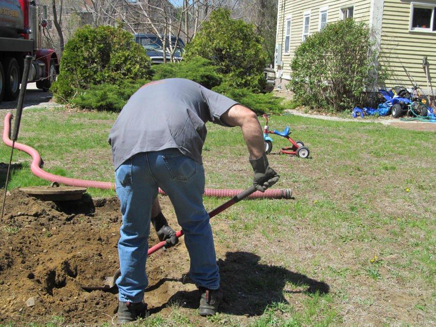 Macamaux Septic Pumping: Ashaway, RI