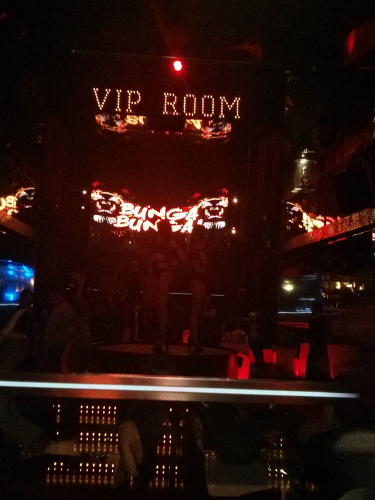 Vip room 21 photos 29 reviews dance clubs 188 bis for Table dance near me