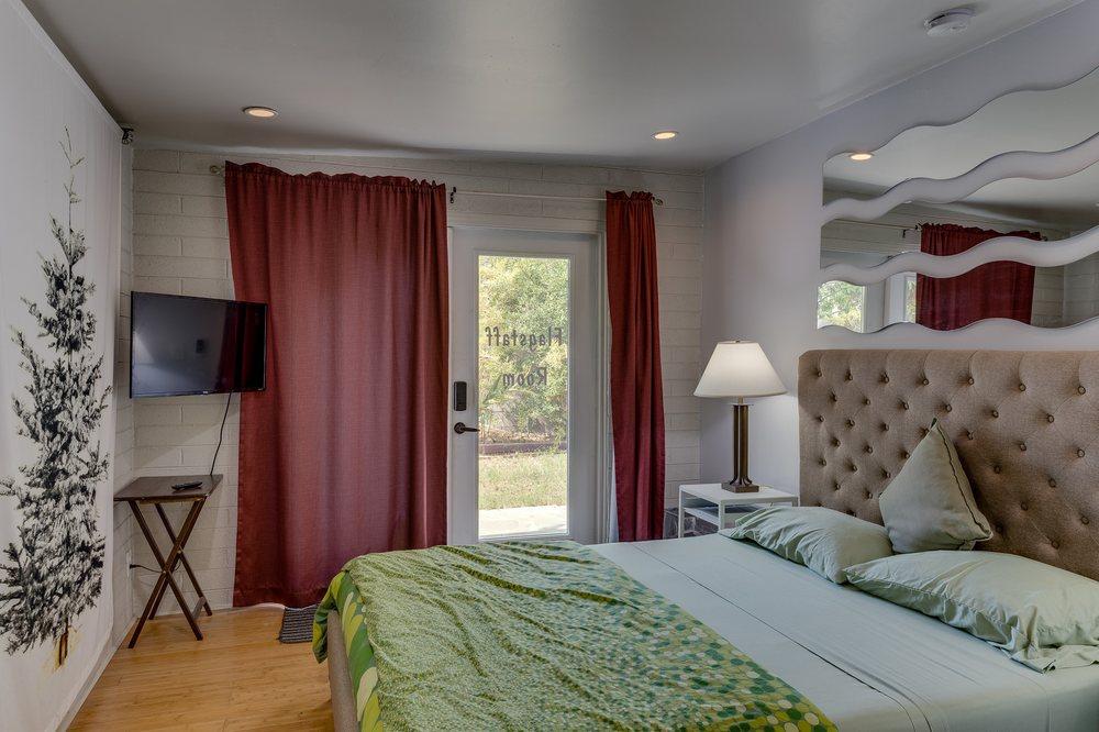 ZenYard Guest House