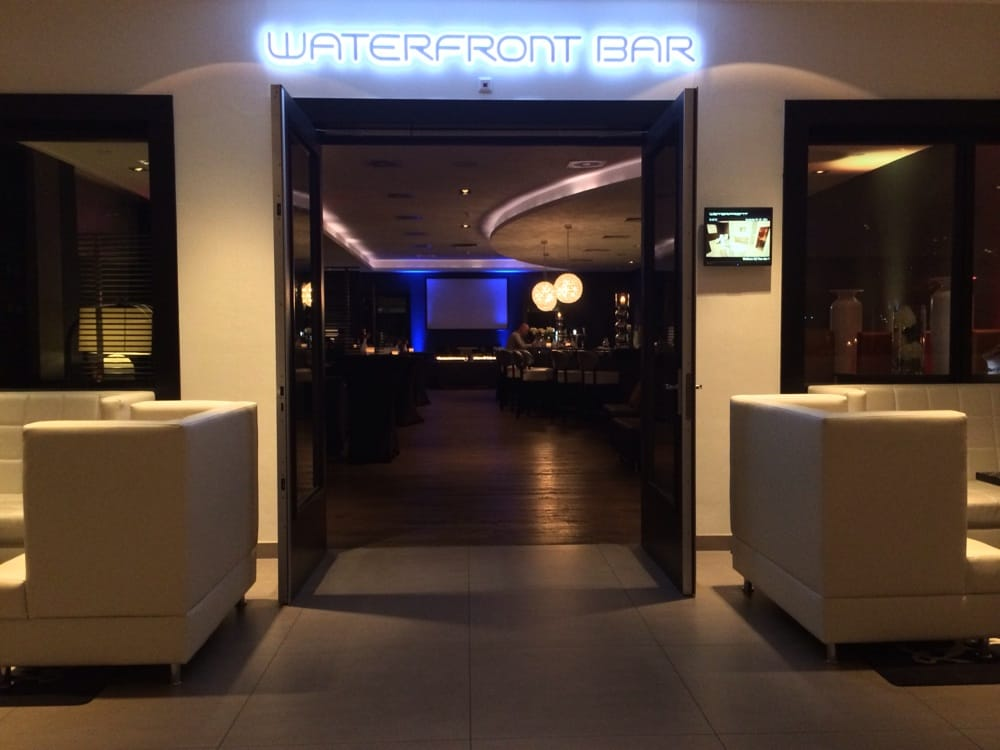 Waterfront Bar: Veluwezoom 45, Almere, FL