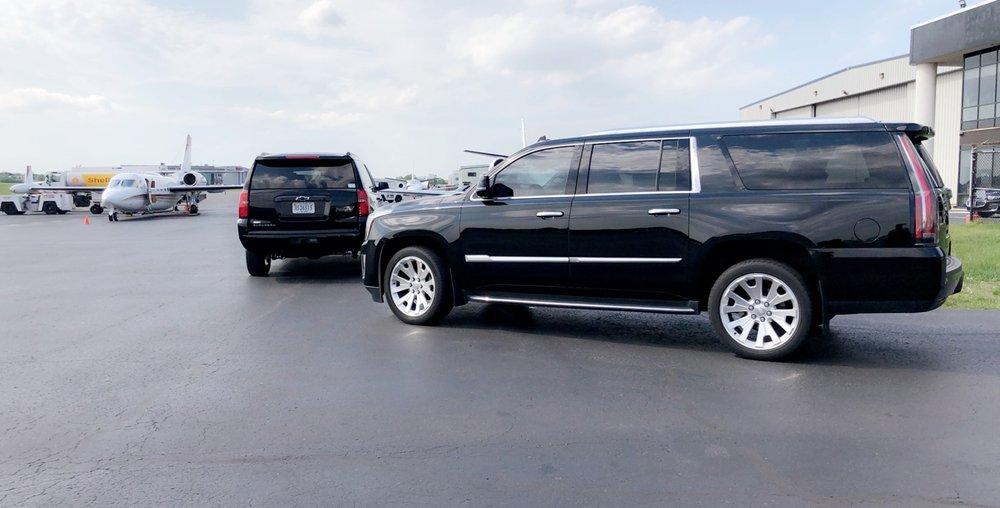 A La Carte Limousine: 13800 Coppermine Rd, Herndon, VA