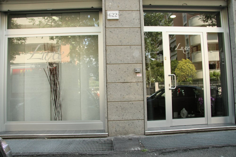 Luxe parrucchieri viale citt d 39 europa 622 eur roma for Azulejos europa 9 telefono