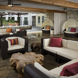 The Monterey by Windsor - 36 Photos & 36 Reviews - Apartments - 3930 ...