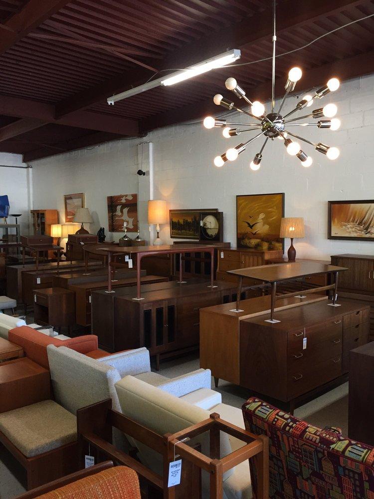 Atomic Junkies Mid Century Modern: 1730 W Fairbanks Ave, Winter Park, FL