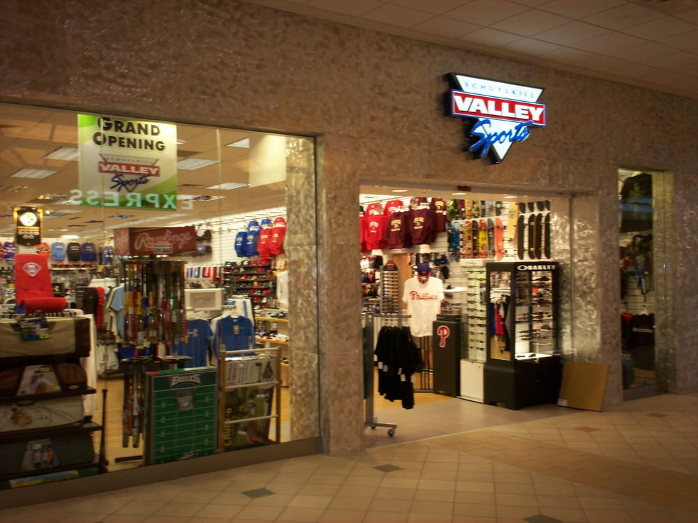 Schuylkill Valley Sports: 57 Wyoming Valley Mall, Wilkes Barre, PA
