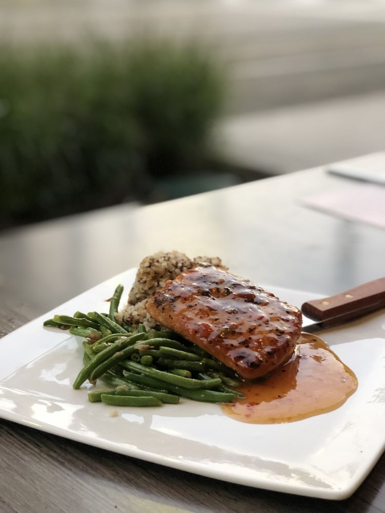 Food from Streetcar Grille and Tavern