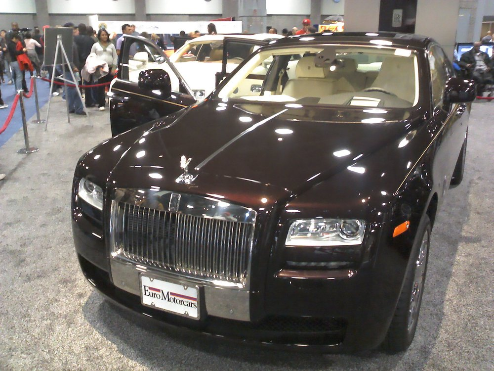 Leher Limousine: Capitol Heights, MD