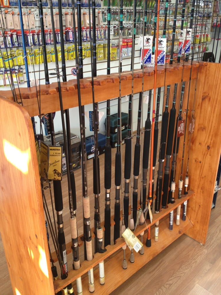 Wil's Sport & Tackle: 310 S Myrtle Ave, Monrovia, CA