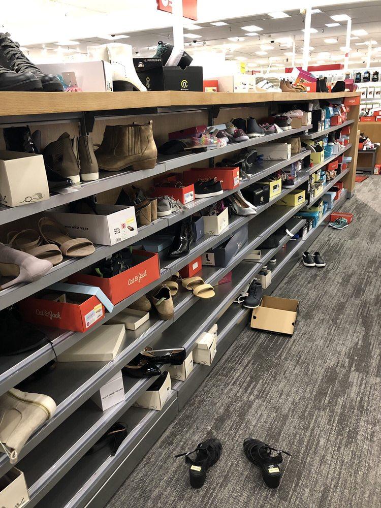 Target: 2920 Yorba Linda Blvd, Fullerton, CA