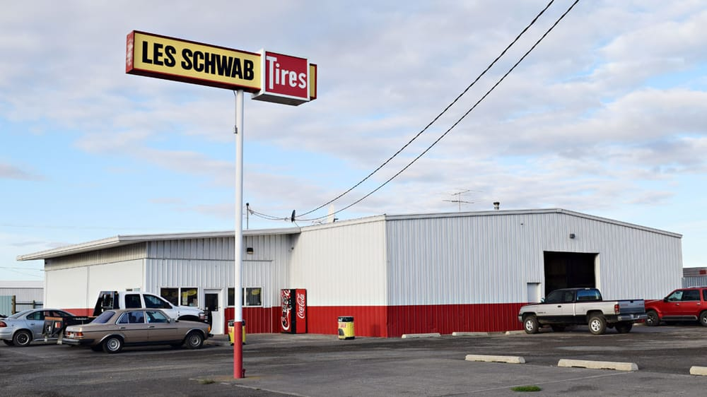 Les Schwab Tire Center: 1004 W 1st Ave, Ritzville, WA