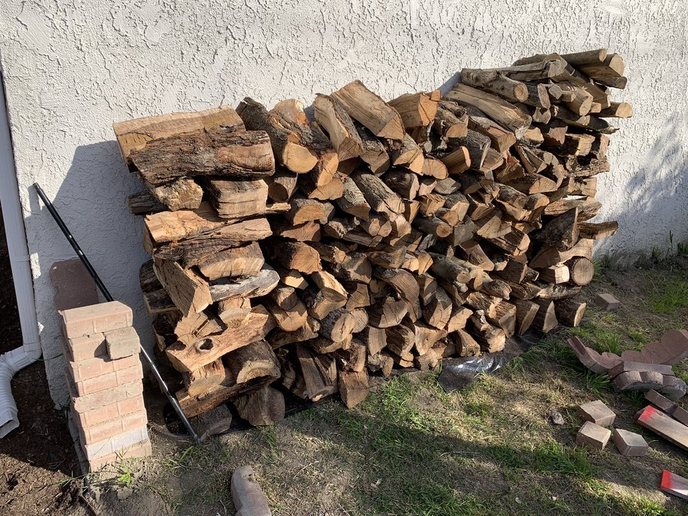 Southbay Firewood BBQ & Charcoal: 4881 W Rosecrans Ave, Hawthorne, CA