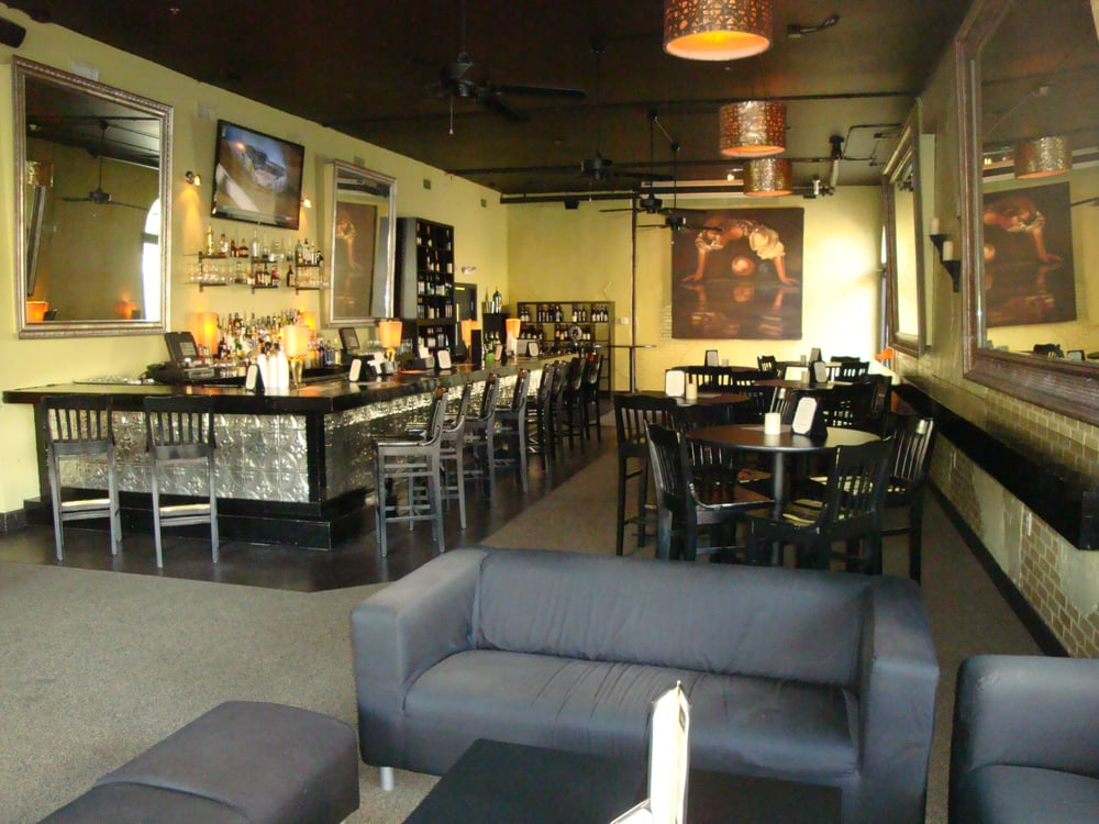 Tim & Tia's: 201 Settlers Trace, Lafayette, LA