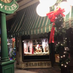 Photo Of Selbert M A Jewlr Frankfort Ky United States S During Christmas