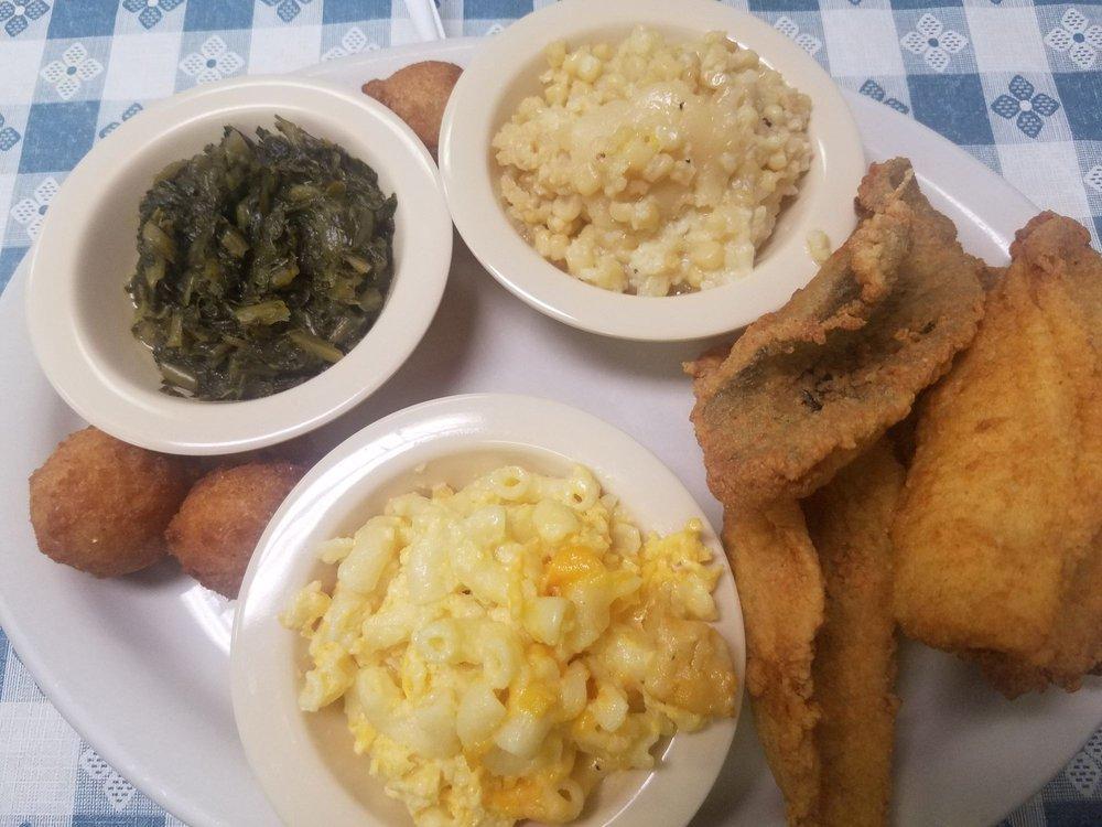Restaurant 39: 946 G West Andrew's Ave, Henderson, NC