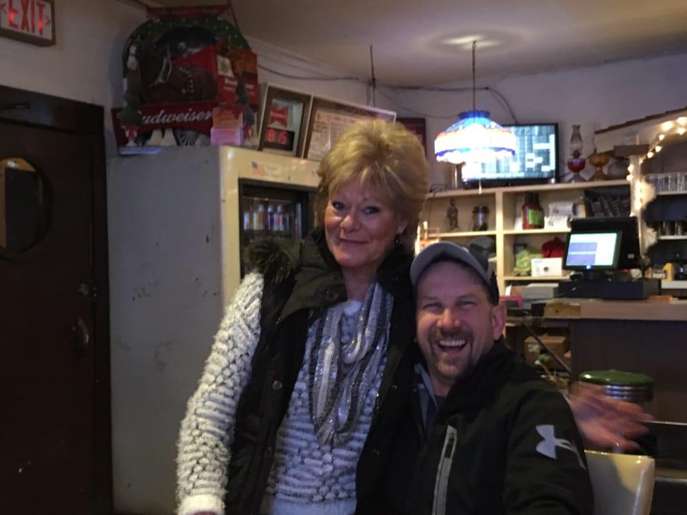 Don's Bar: 207 Cairo St, Memphis, NE