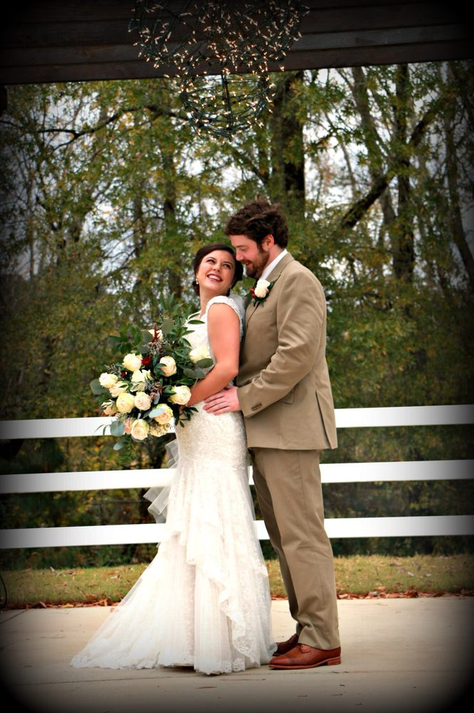 Hampton Cove Wedding Plantation: 823 Cherry Tree Rd, Gurley, AL