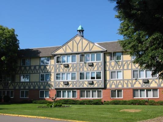 International Village - Apartments - Bloomington, MN - Yelp