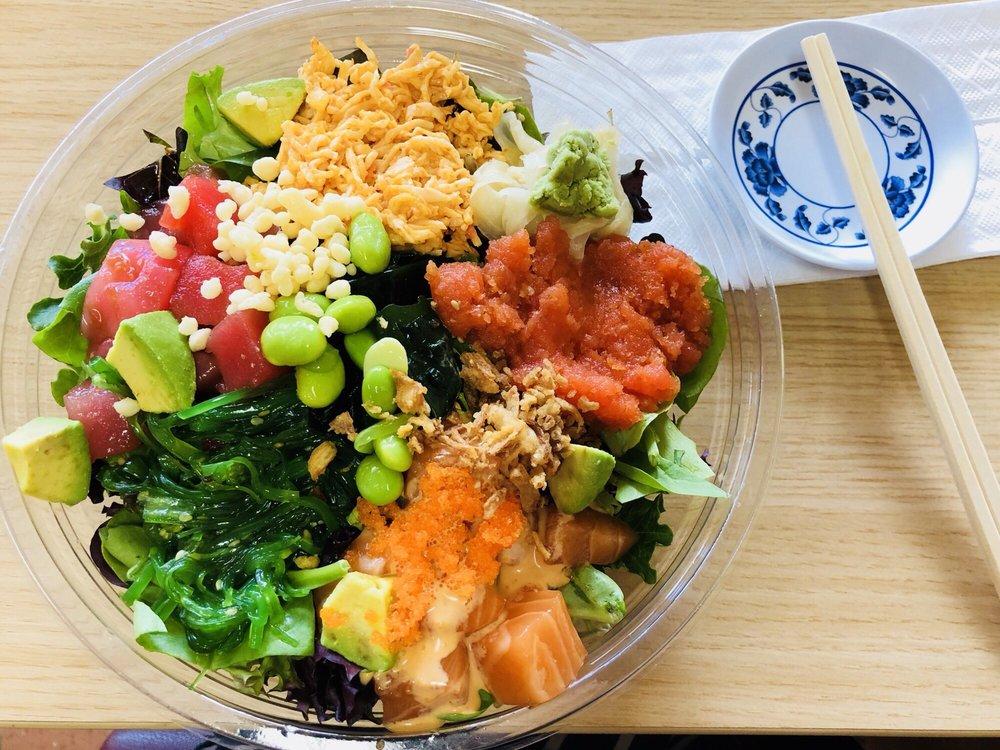 Sunshine Poke & Sushi Rolls: 224 N Coast Hwy, Oceanside, CA