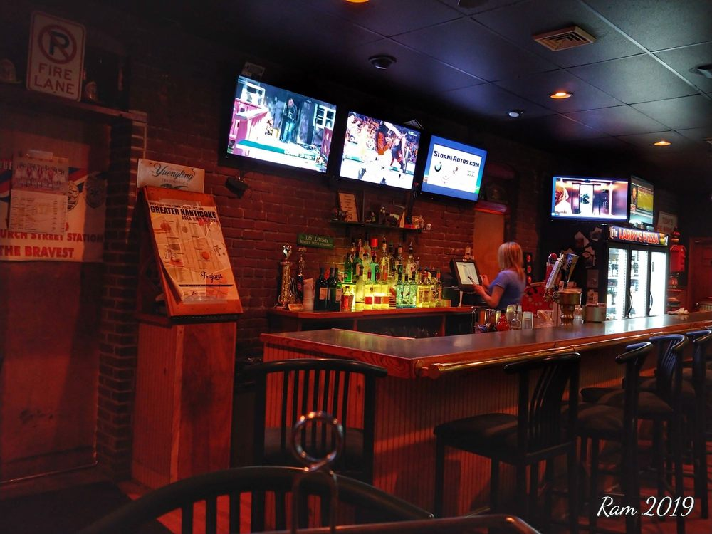 Larry's Pizzeria: 400 E Church St, Nanticoke, PA