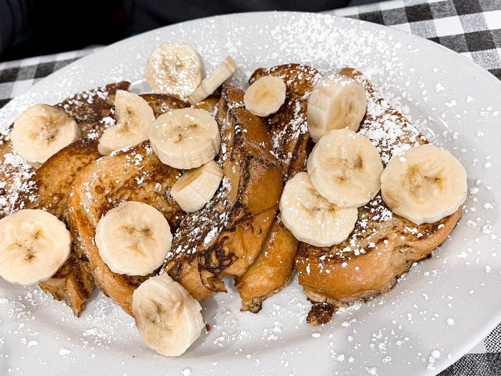 801 Southern Kitchen and Pancake House: 218 NC-801, Advance, NC
