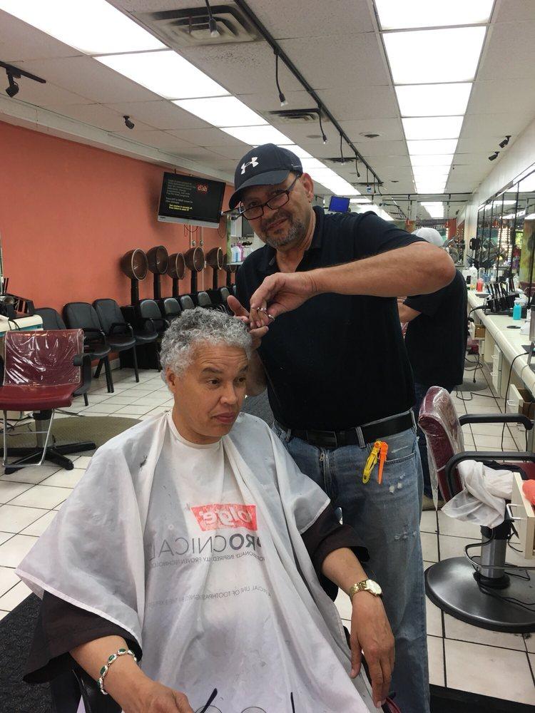 Cleopatra hair design ii 48 photos 25 avis coiffeurs for 53rd street salon