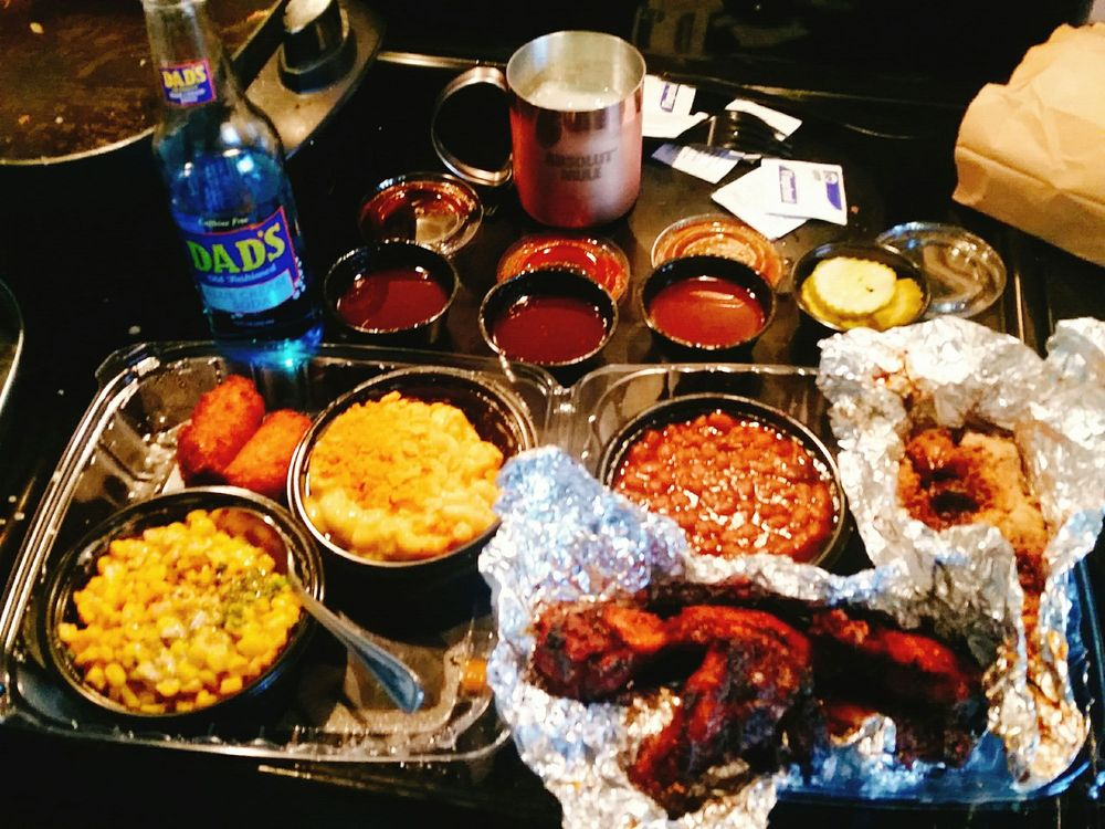 Food from Q-BBQ