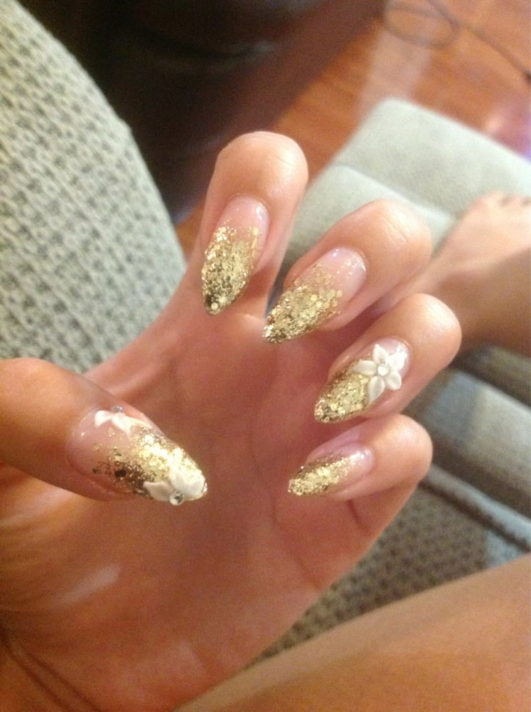 White And Gold Glitter Nails