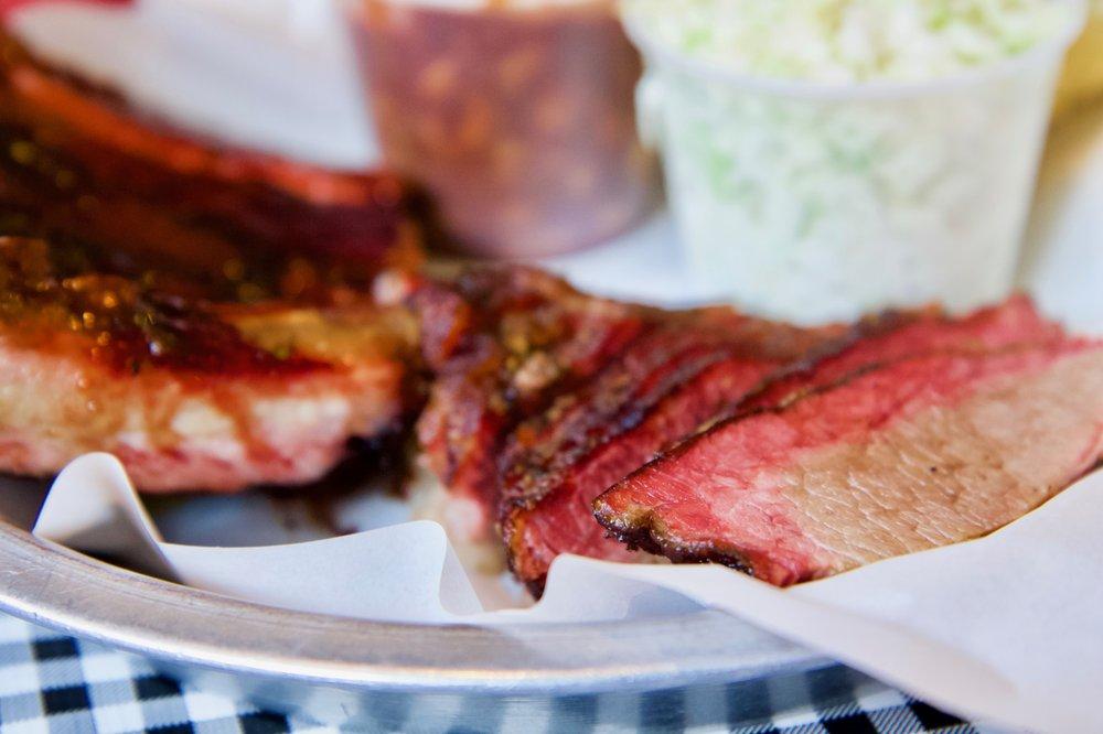 Salinas City BBQ: 700 W Market St, Salinas, CA