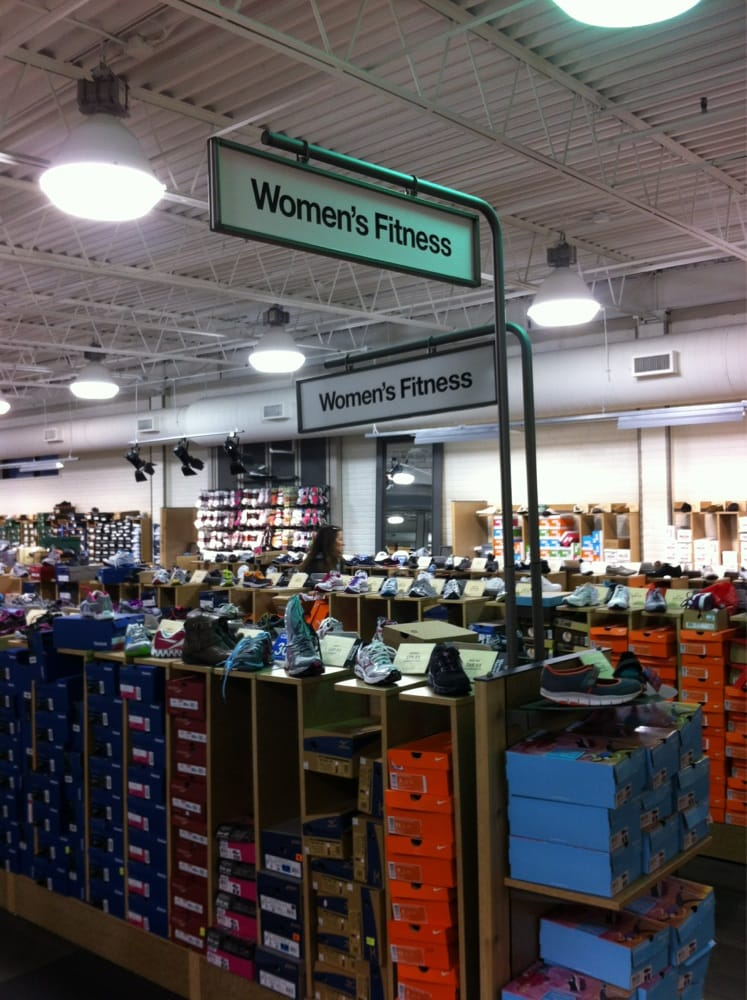 Photos for DSW Designer Shoe Warehouse - Yelp