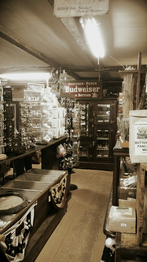 The Old Country Store & Museum: 1011 Whittier Hwy, Moultonboro, NH