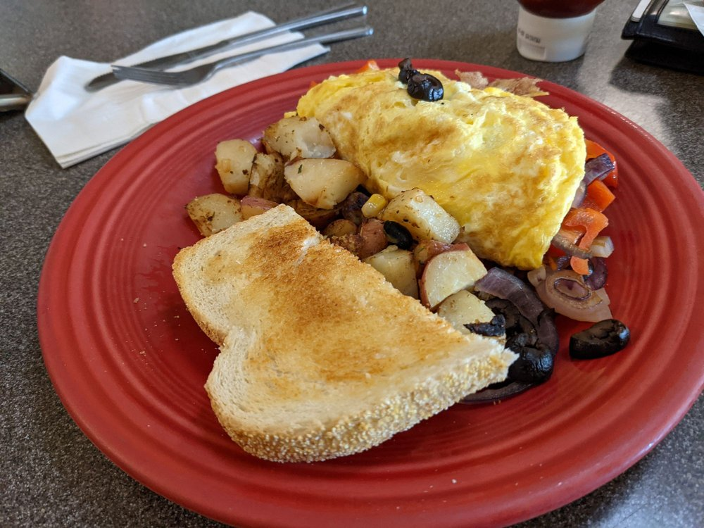 Coffee Landing Cafe: 444 3rd St, International Falls, MN