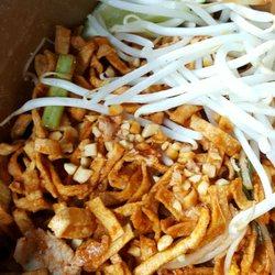 Poompui Thai Food