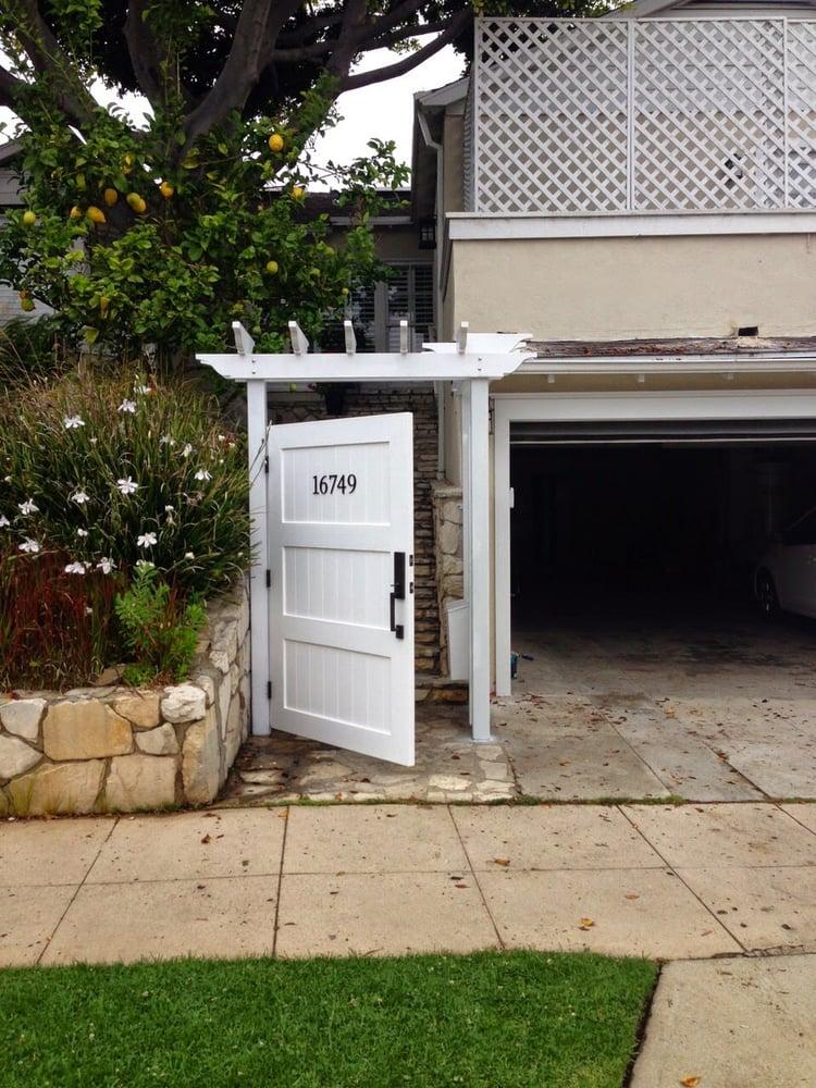 Signature garage doors gate repair garage door for Garage door repair torrance