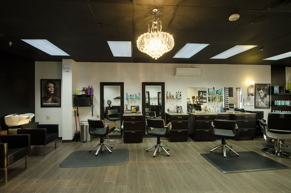 W Salon Cincinnati: 4792 Red Bank Expy, Cincinnati, OH
