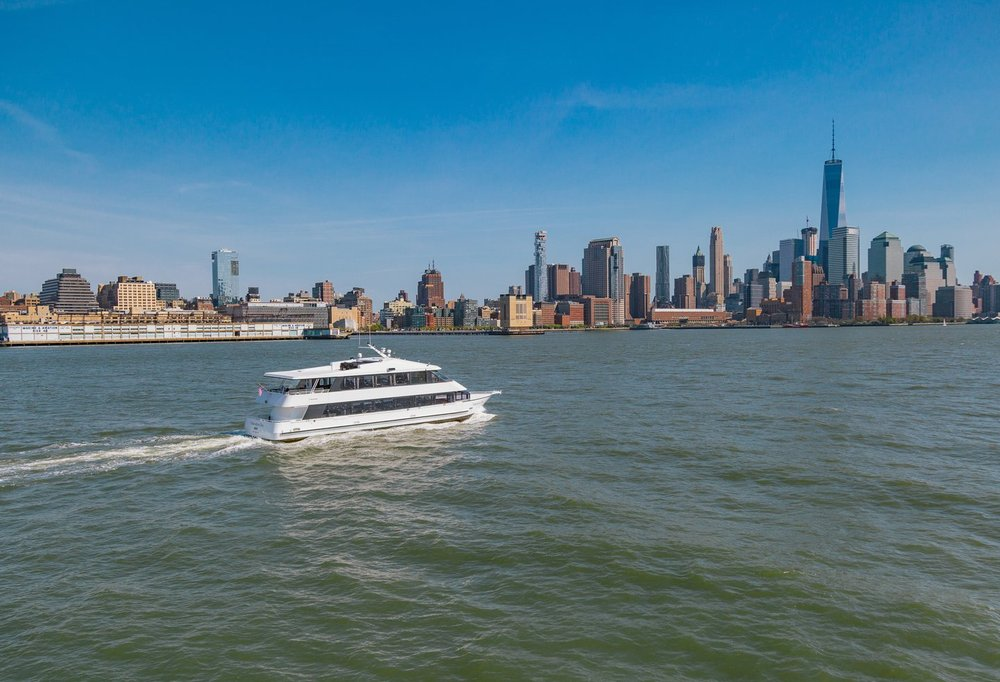 Manhattan Elite Private Yachts