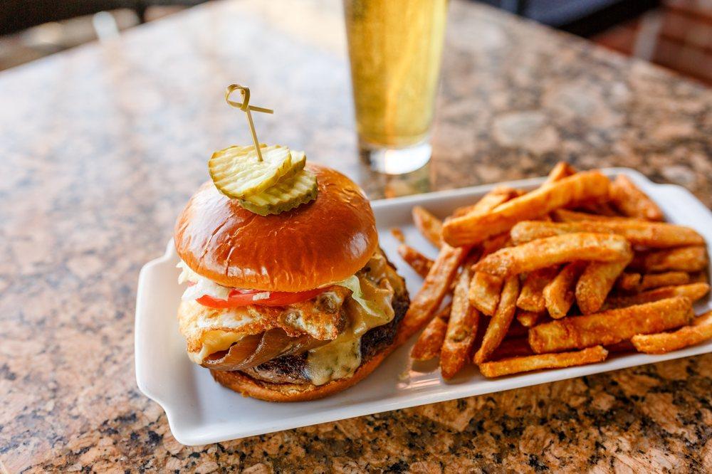 BRU Burger Bar - Lafayette: 101 Main St, Lafayette, IN