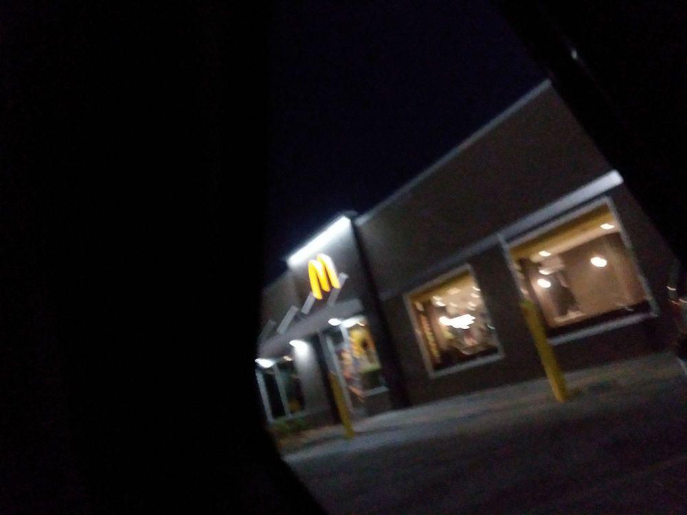 McDonald's: 2445 Hwy 78, Dora, AL