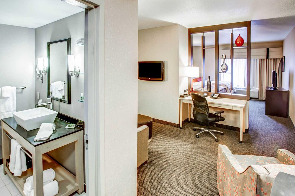 Fairfield Inn & Suites Washington Casino Area: 451 Racetrack Rd, Washington, PA