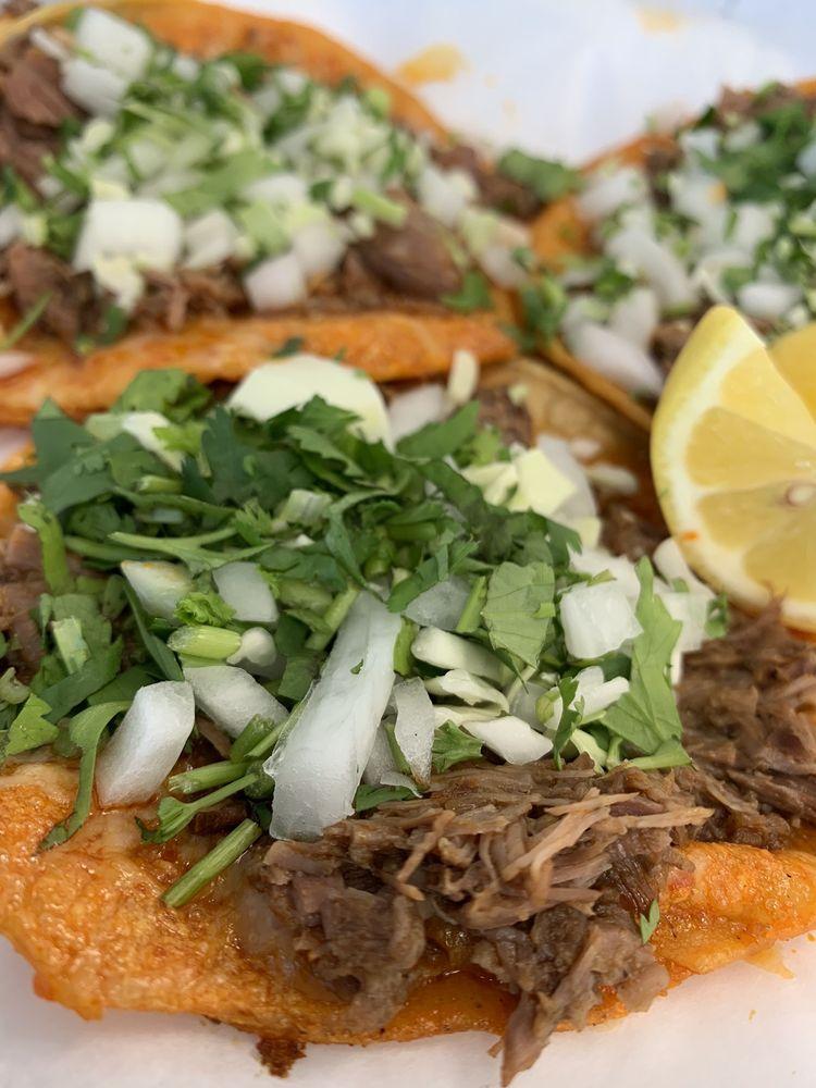 Tacos Y Tortas Chalio #5: 25430 W Dorris Ave, Coalinga, CA