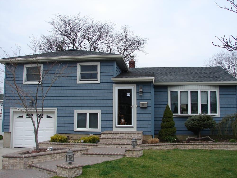 Certainteed Moire Black Roof Mitten Annapolis Blue Siding White Trim