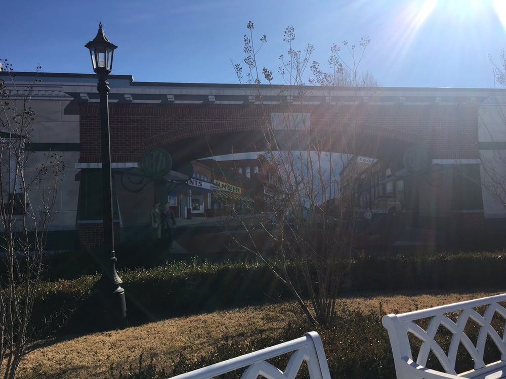 Alma's Popeye Park: 801 Fayetteville Ave, Alma, AR