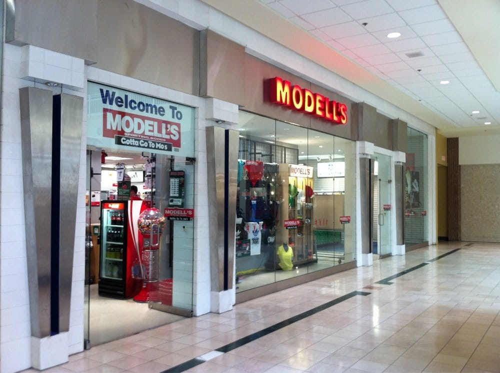 Modell's Sporting Goods: 160 Lehigh Valley Mall, Whitehall, PA
